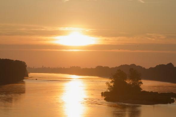 Levé de soleil sur la Loire